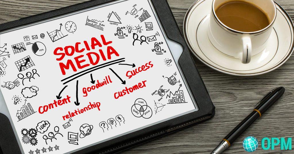 social media strategist for businesses